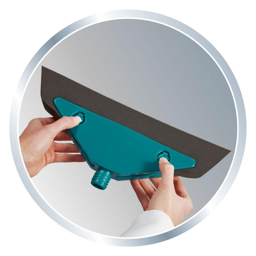 Leifheit Schaumstoffbesen Soft & Easy mit Teleskopstiel Bild 3