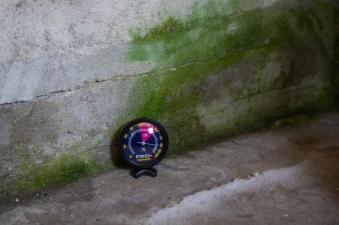 Luftentfeuchter / Feuchtigkeitsmesser Pingi Hygrometer PHT-100 Bild 1