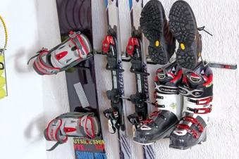 GAH Alberts Sportgerätehalter / Haken für Schuhe und Stiefel 34x4,5cm Bild 1