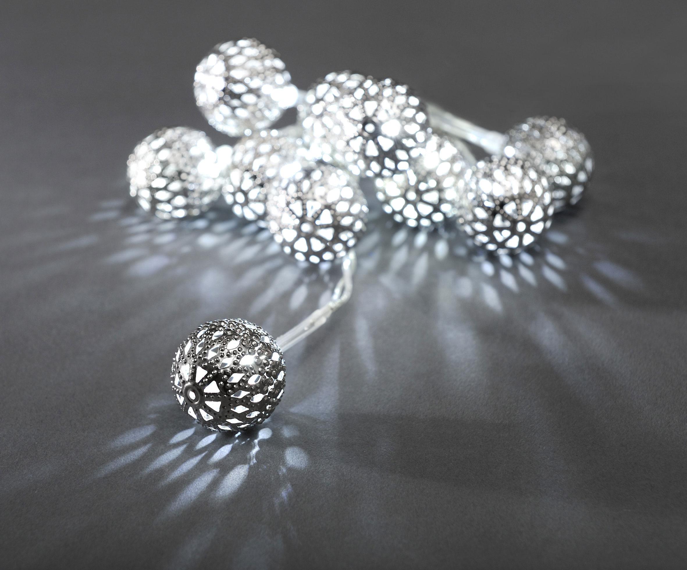 LED Lichterkette Konstsmide 10 Metallbälle mit LED batteriebetr. weiß Bild 1