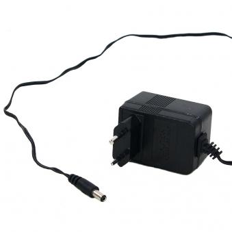 Adapter für LED Beleuchtung 4,5 Volt 230V Netzanschluss